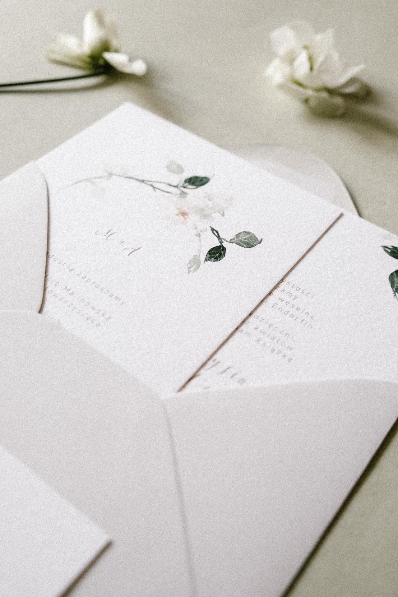 Oryginalne-Zaproszenia-Ślubne-Rosa_z-motywem-róży1